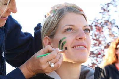 Face painting at the SolutionRun for LLS 2014