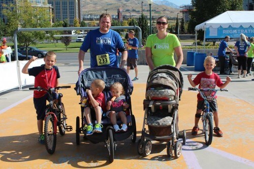 Running with strollers at the SolutionRun for LLS 2014