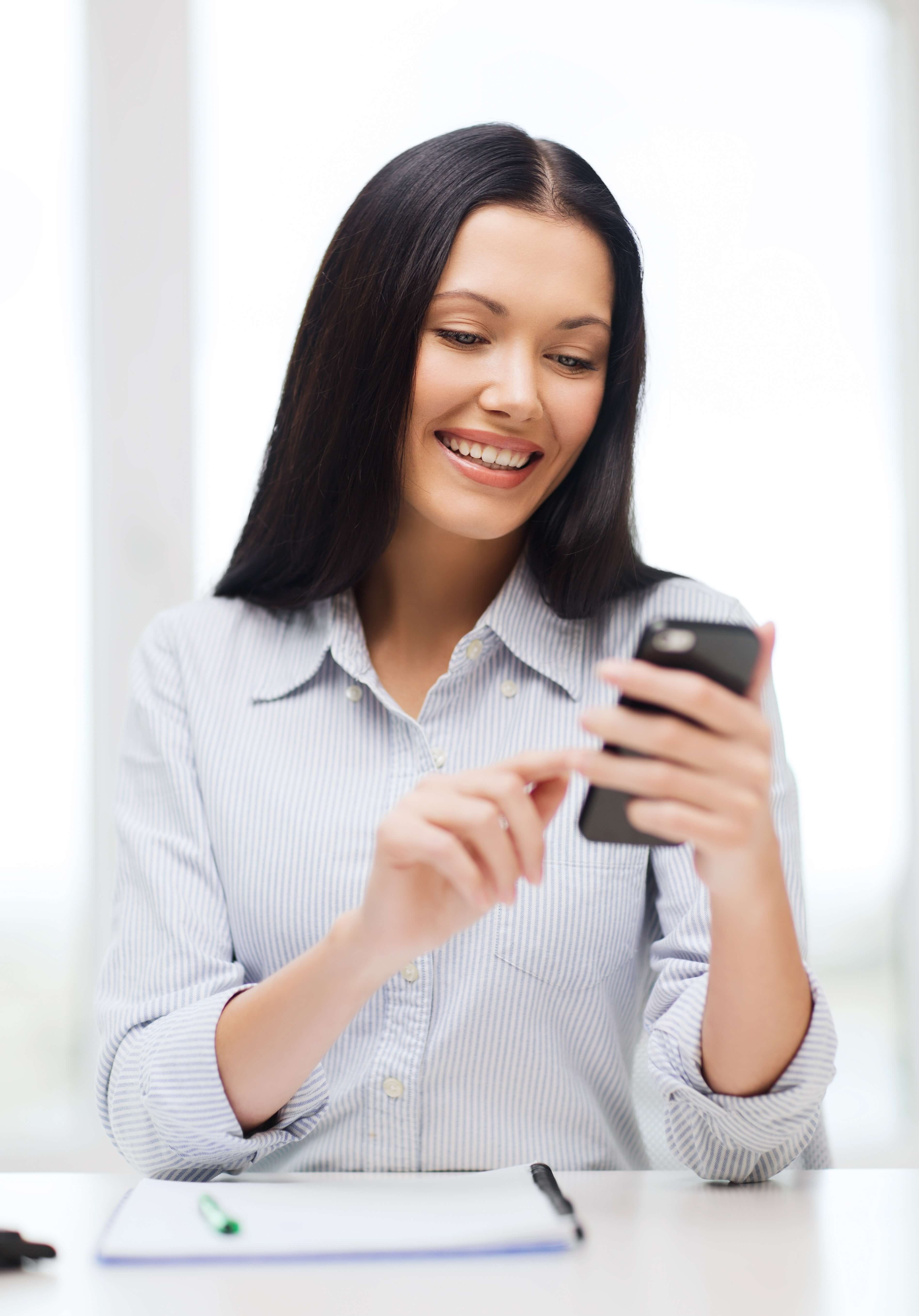 Patient texting helps get messages out quickly