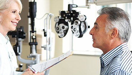 12 Features Optometrists Need in Patient Relationship Management Software