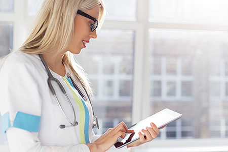 12 Must Have Features in Patient Relationship Management Software